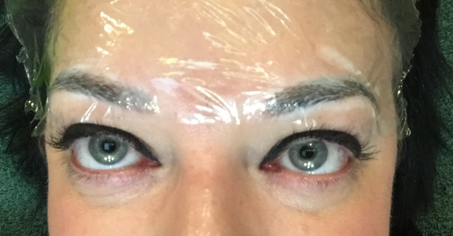 Numbing cream on brows