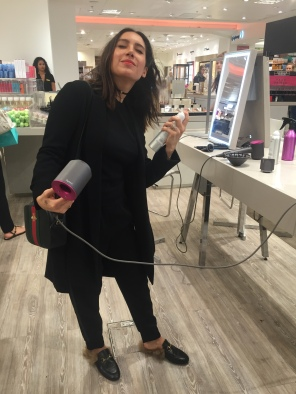 Jen Atkin in Selfridges London using the new Dyson Supersonic with OUAI Haircare
